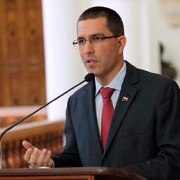 Canciller Arreaza llama a la unidad de los países ante guerra inducida por el imperio