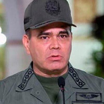 Padrino López ratifica respaldo al diálogo y reconciliación promovida por Maduro