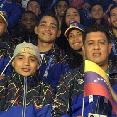 Nicolàs Maduro felicita a atletas venezolanos por su debut en los XI Juegos Suramericanos