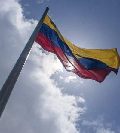 Venezuela rechaza nuevo intento de Canadá de imponer medidas coercitivas unilaterales a sus ciudadanos