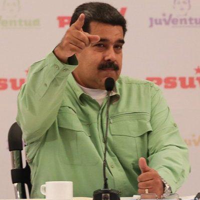 """Maduro hace llamado a jóvenes para que lo ayuden """"en esta tarea tan compleja y difícil"""""""