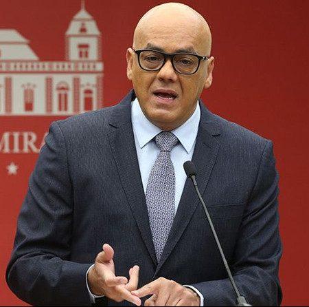 Jorge Rodríguez anunció horario especial por 72 horas