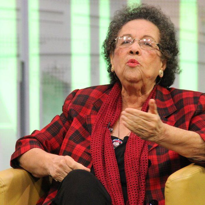 María León propone desarrollar el artículo 88 de la Constitución