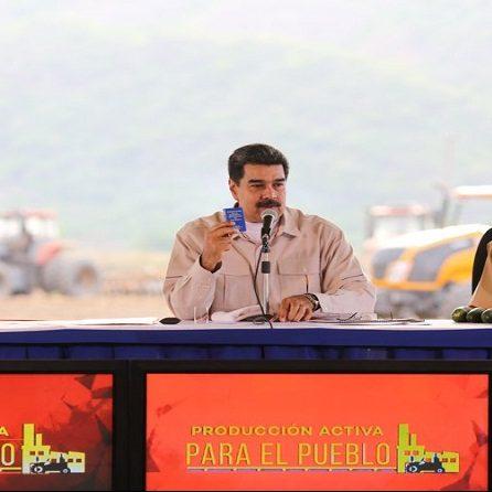 Maduro extiende debates comunitarios para crear plan de renovación de Gobierno
