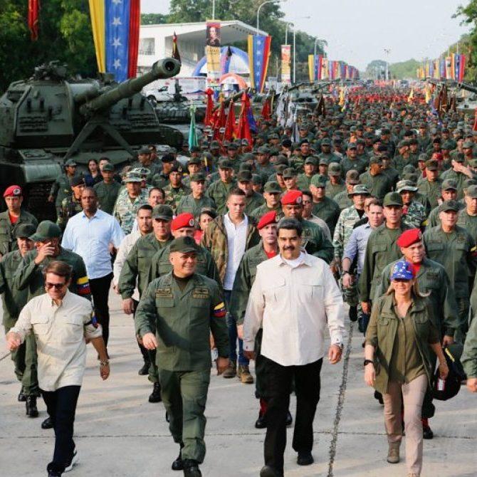 Nicolás Maduro, ordenó a la FANB a comprometerse con los elementos y salvaguardar a la Patria.