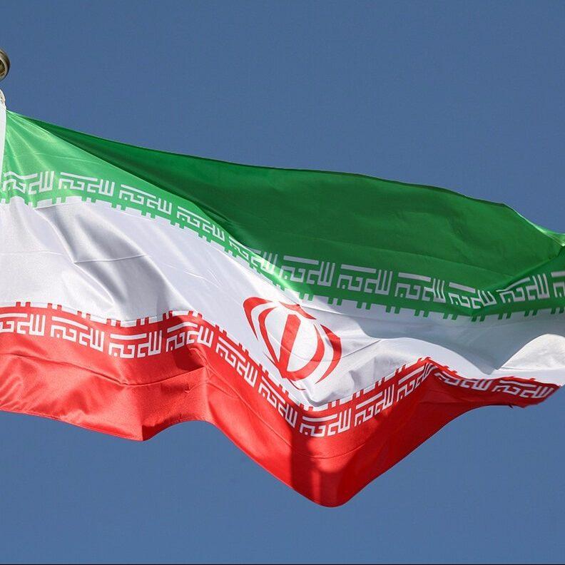 Irán solicita reacción internacional ante amenazas de EE.UU contra Venezuela