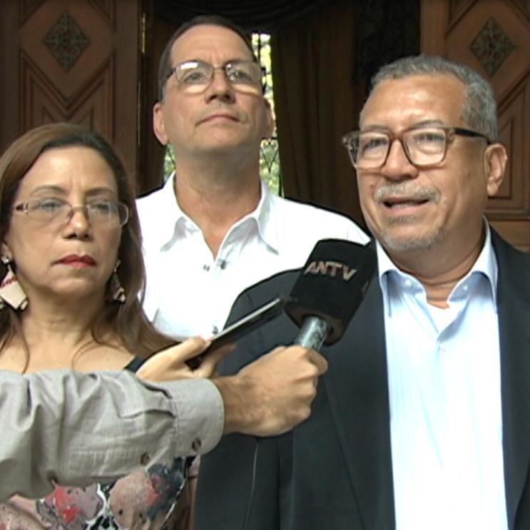 EL GIC se reunió con el Gobierno y con Miembros del PSUV