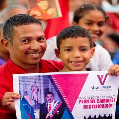 Nicolás Maduro: «La Revolución va rumbo hacia la renovación»