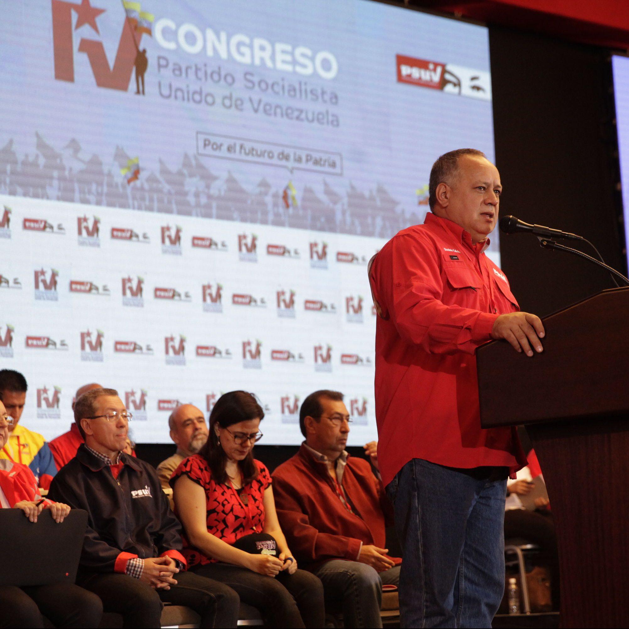 Diosdado Cabello propuso potenciar compromiso con el pueblo