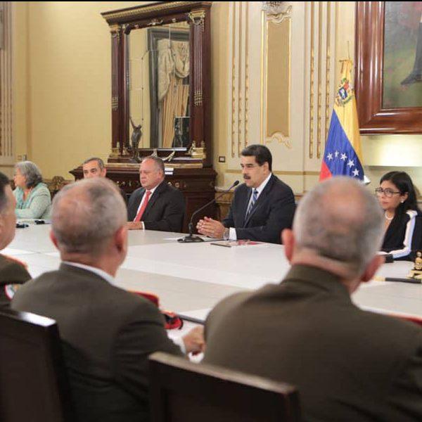 """Presidente Maduro: """"Todo el pueblo a la orden de la Asamblea Nacional Constituyente"""""""