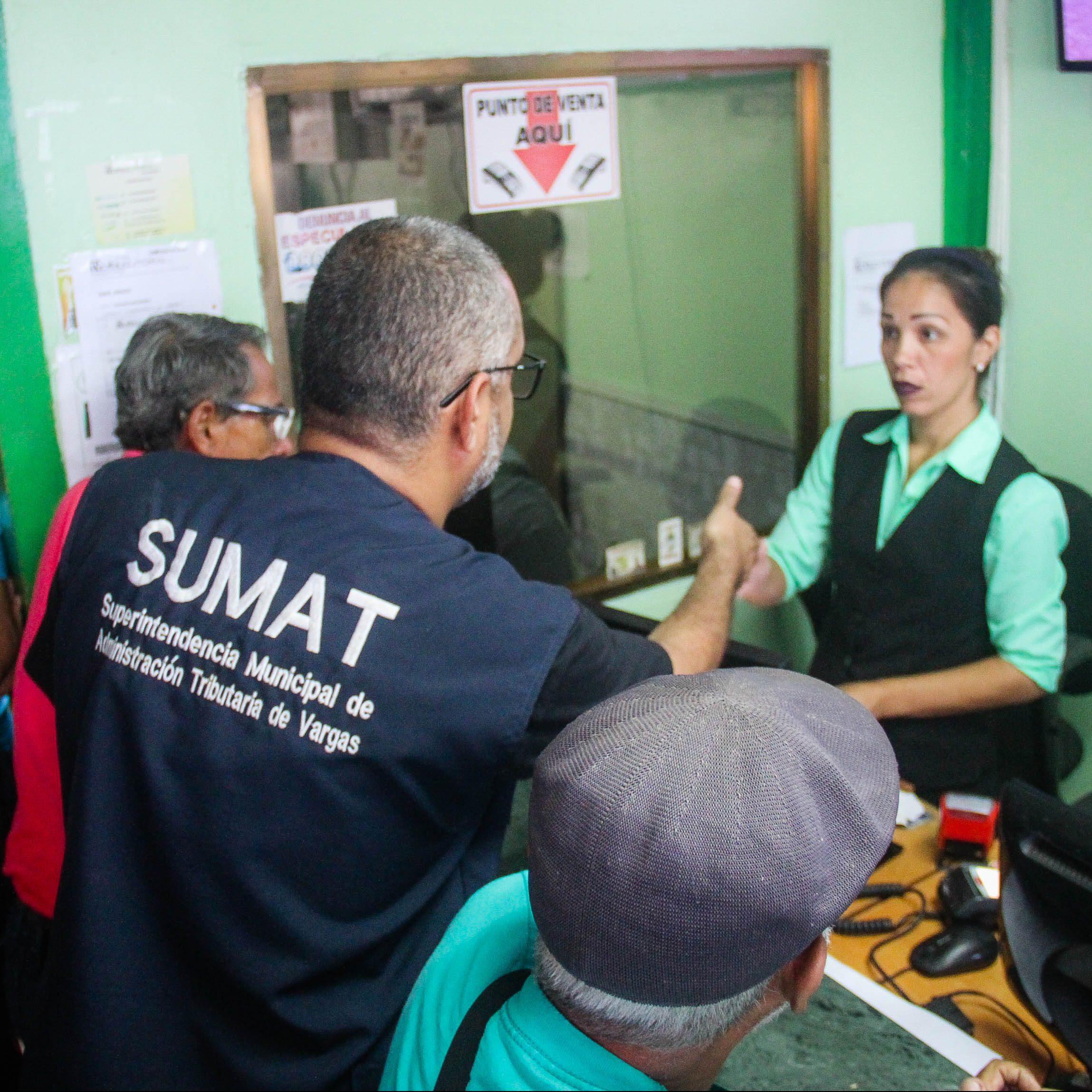 SUMAT Vargas despliega operativo de actualización de permisos fiscales