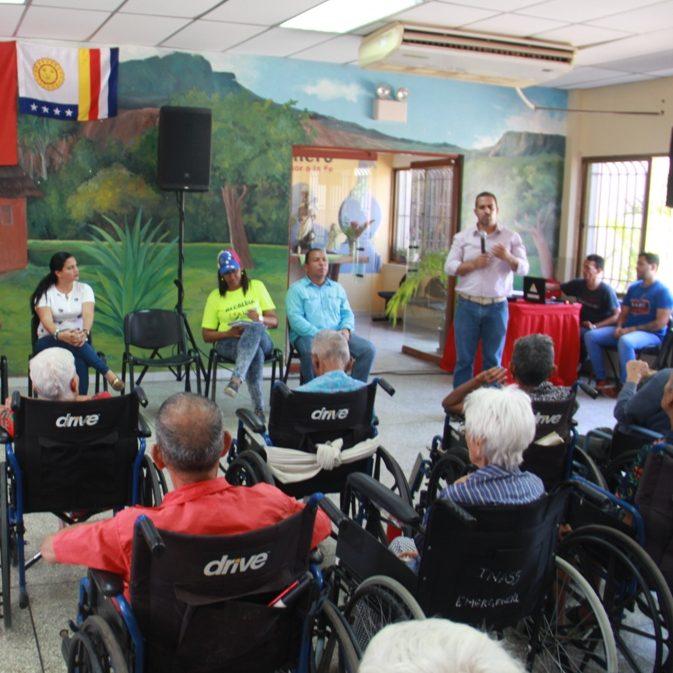 Alcalde de Vargas visitó sede INASS de Las Colinas de Catia La Mar