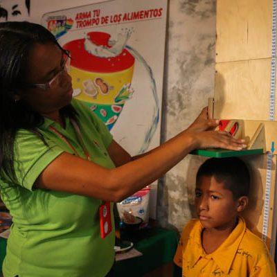 Atienden a 314 familias en jornada de atención integral en el sector Los Sin Techo en Caracas