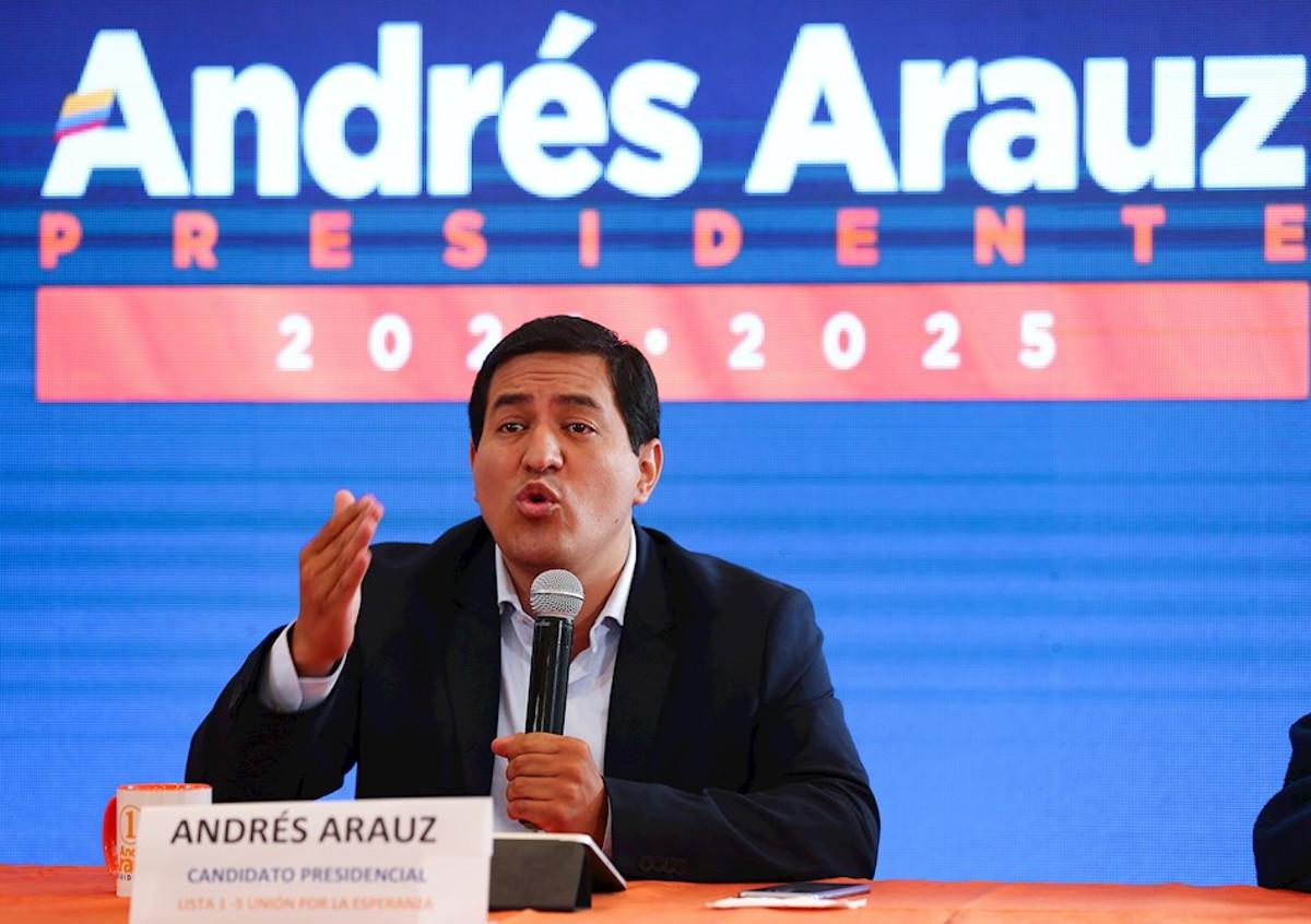 Candidato Andrés Arauz no reconocería a Guaidó como presidente