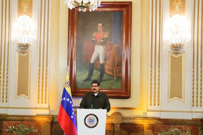 Maduro: Venezuela levanta las banderas de libertad junto a la Madre África