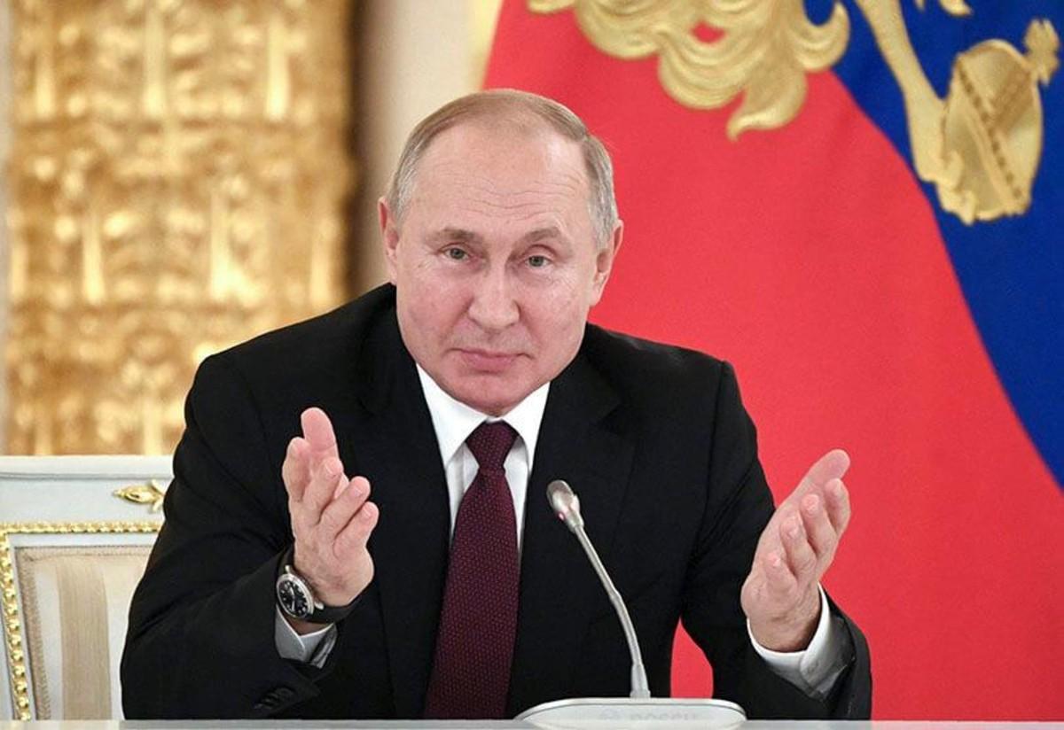 Putin se vacuna contra el COVID-19
