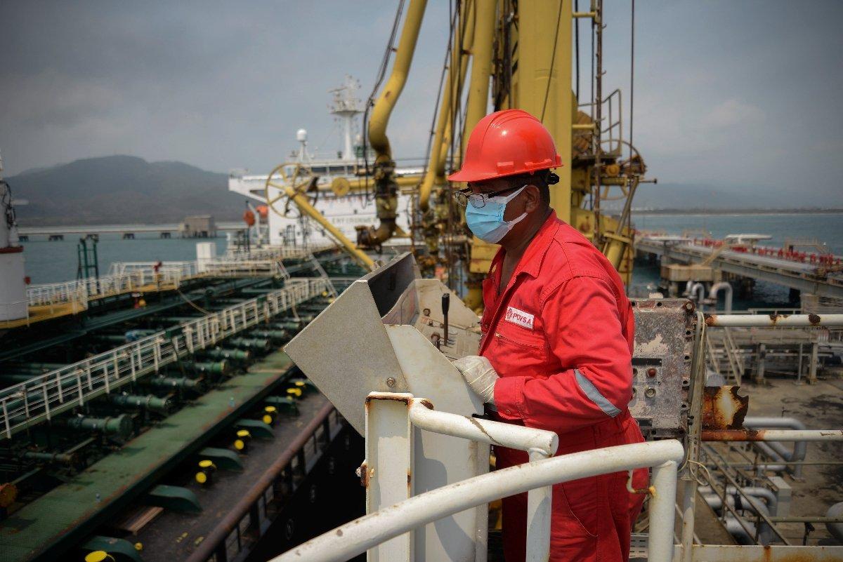 Comisión de Energía y Petróleo incluirá en sus leyes la participación protagónica de los trabajadores en todas las áreas