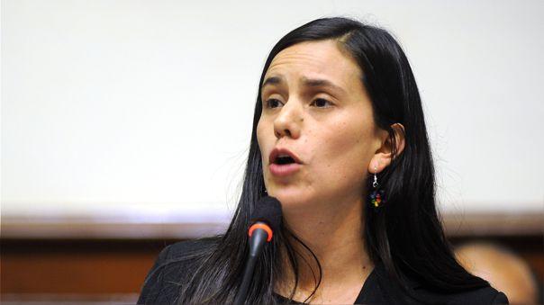 Candidata presidencial rechaza xenofobia contra venezolanos en Perú