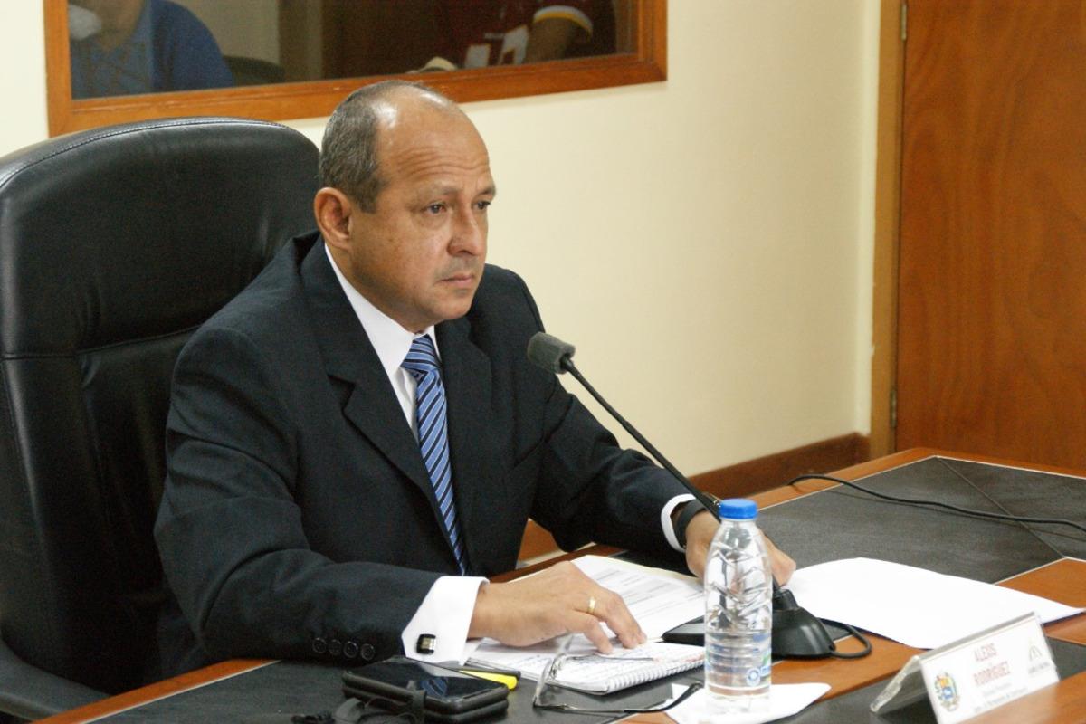 Reforma deLey contra la Corrupción prevé obligaciones para integrantes de los Consejos Comunales