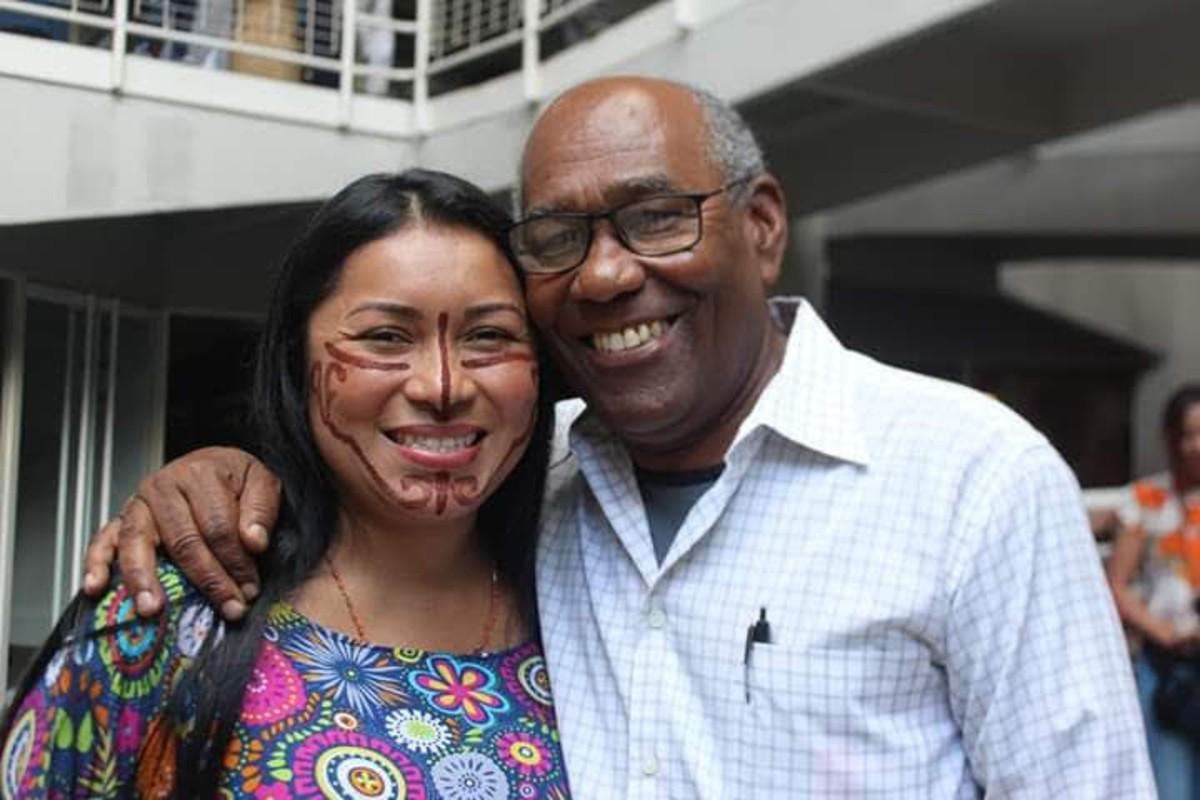 Los pueblos indígenas despiden al profesor Aristóbulo Istúriz