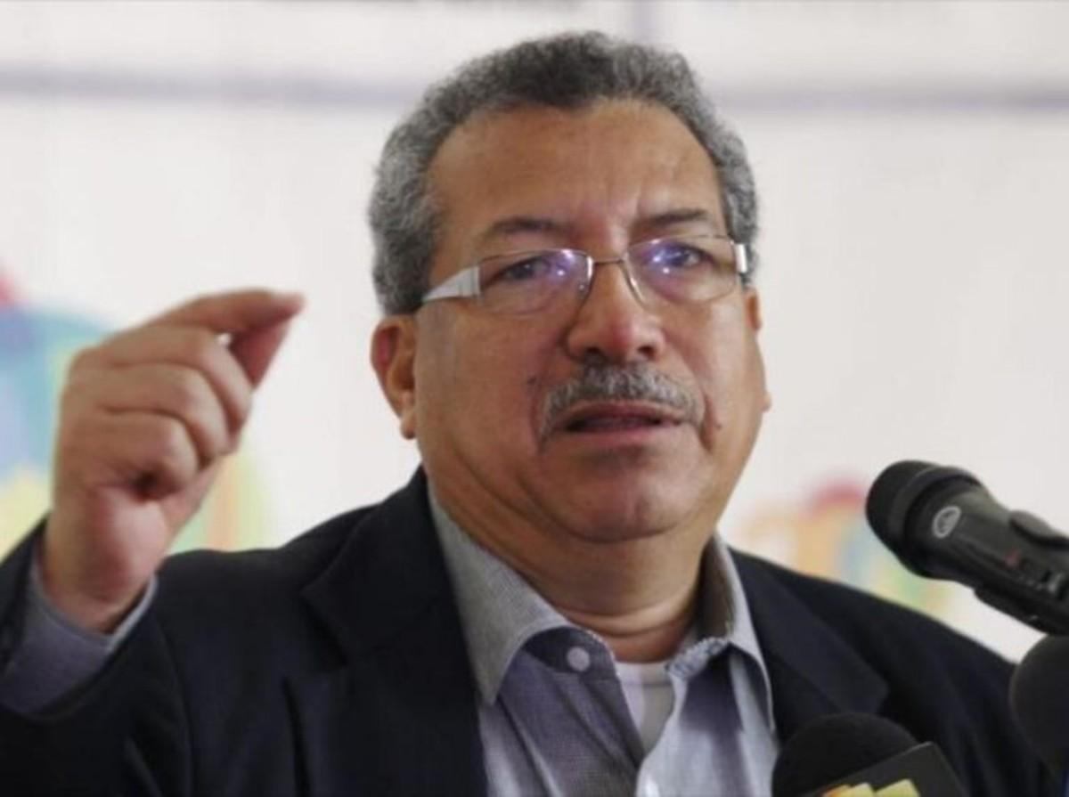 Saúl Ortega: Llevaremos a Mercosur la propuesta de eliminar las patentes del covid-19