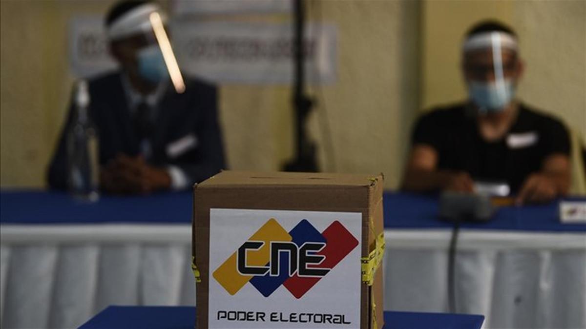 CNE invitó a la ONU y a la Unión Europea a comicios del 21N