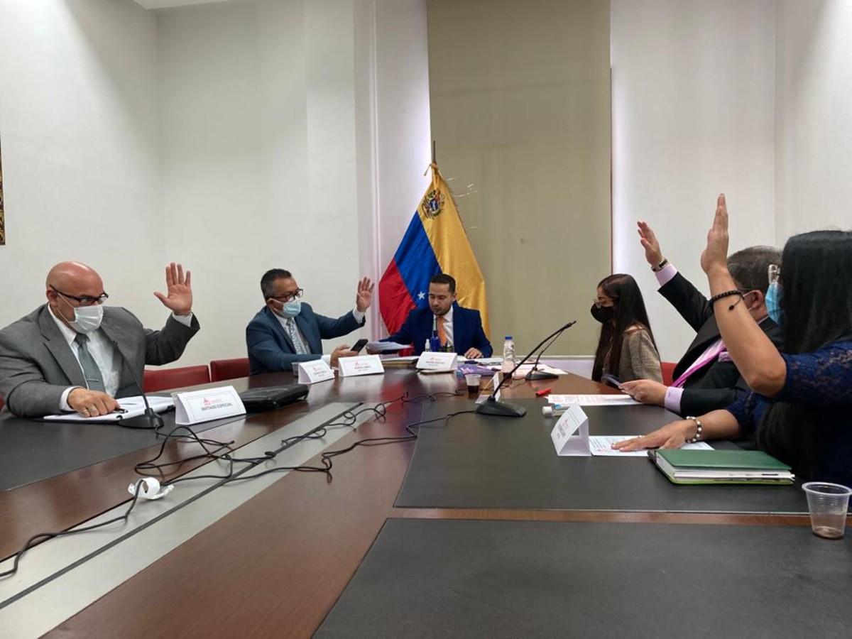 Instalada Comisión Especial para la Liberación de Patentes y Tratamientos contra la COVID-19