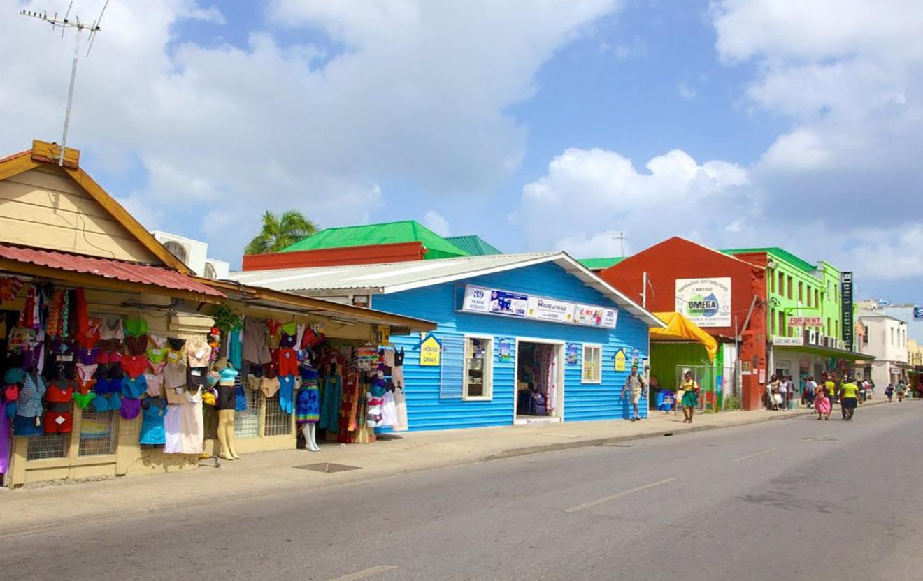 Barbados confirma transición a República parlamentaria