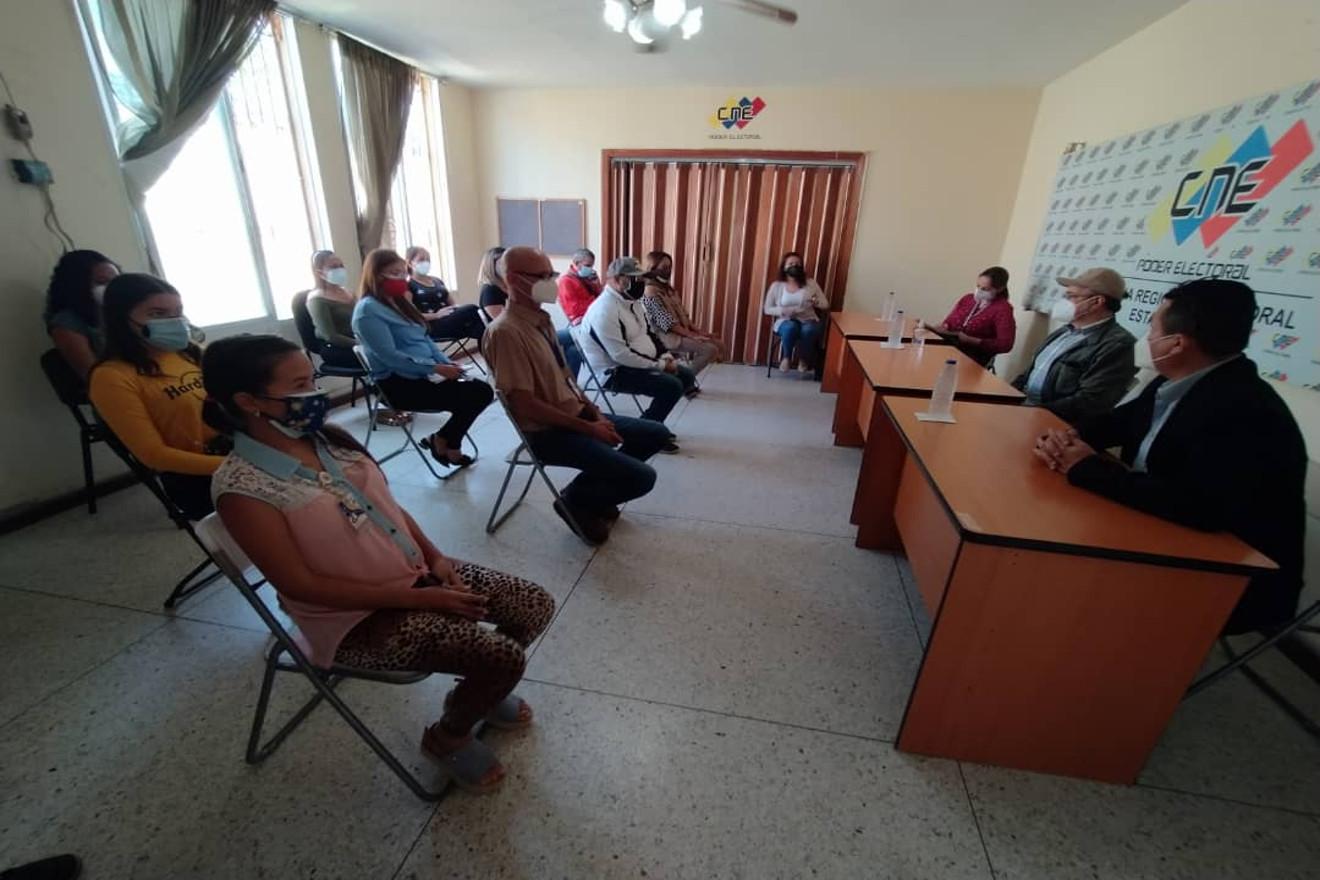 Presidente del CNE: «Estamos cumpliendo rigurosamente el cronograma electoral»