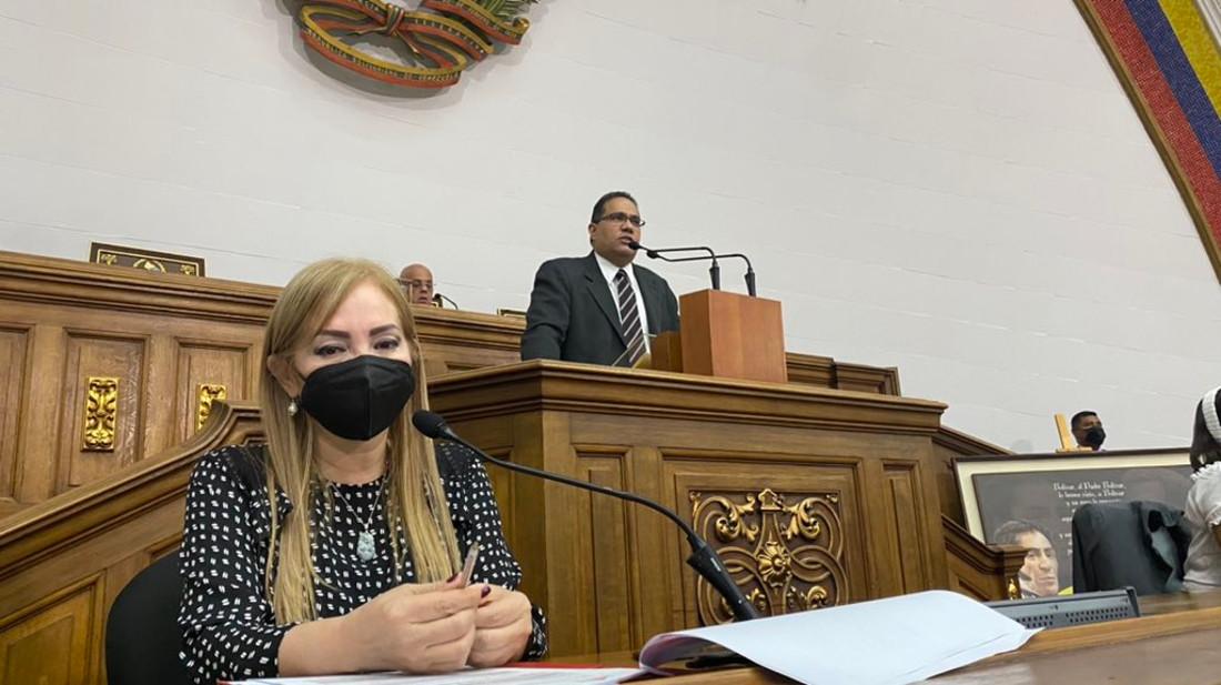 Parlamento creará comisión especial para recopilar enseñanzas y aportes de Darío Vivas